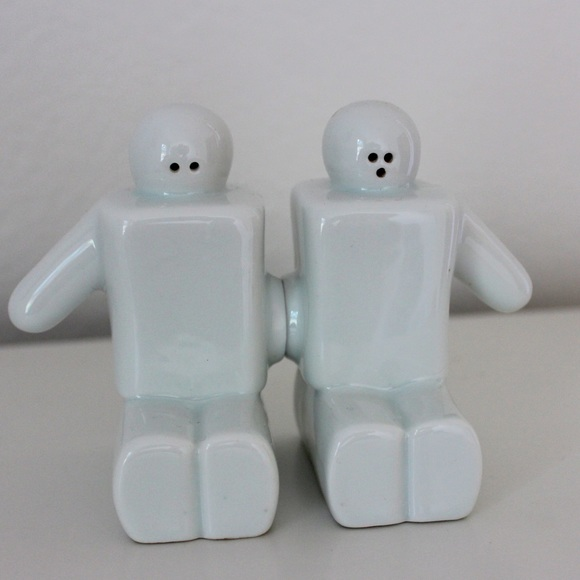 Vintage magnetic connected salt and pepper shakers